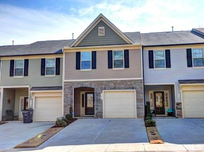Johnston County Townhouse For Sale: 166 River Dell Townes Avenue