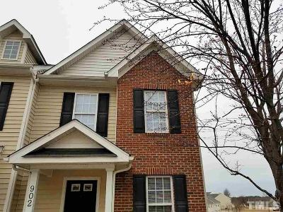 Knightdale Townhouse Contingent: 902 Savin Landing