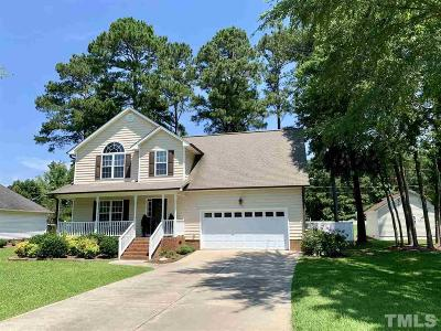 Harnett County Single Family Home For Sale: 269 Waters Edge Drive