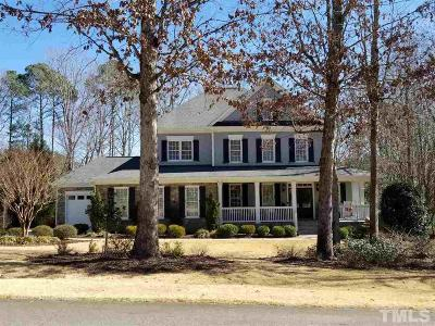 Apex Single Family Home Contingent: 3737 Knollcreek Drive