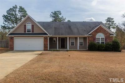 Harnett County Single Family Home For Sale: 32 Basket Oak Drive
