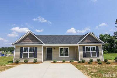 Kenly Single Family Home Contingent: 107 Rollingwood Circle