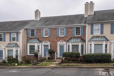 Chapel Hill Townhouse Pending: 212 Standish Drive