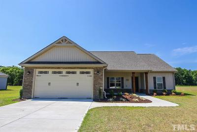Kenly Single Family Home Contingent: 113 Fallingbrook Drive