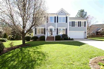 Cary Single Family Home Contingent: 326 Wedgemere Street