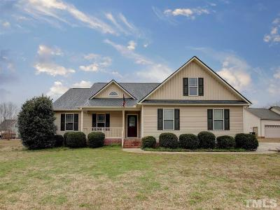 Smithfield Single Family Home For Sale: 112 Long Grass Drive