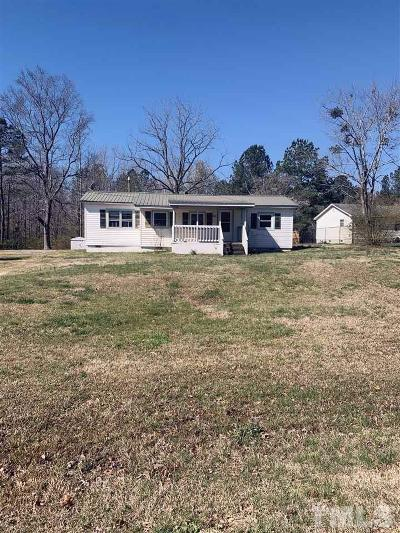Lee County Single Family Home For Sale: 221 Tempting Church Road