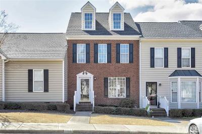 Apex Townhouse Contingent: 107 Knightsborough Way