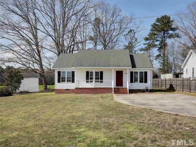 Zebulon Single Family Home Contingent: 1104 Field Meadows Drive