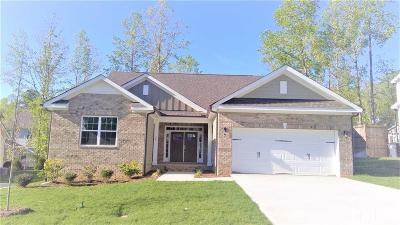 Johnston County Single Family Home For Sale: 36 W Calvert Court