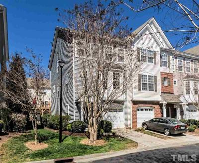 Wake County Townhouse For Sale: 136 Madison Square Lane