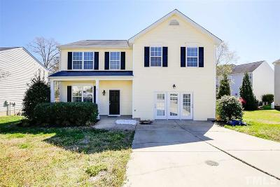 Holly Springs Single Family Home For Sale: 932 Holly Meadow Drive