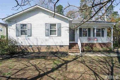 Durham Single Family Home Pending: 5 Sedley Place
