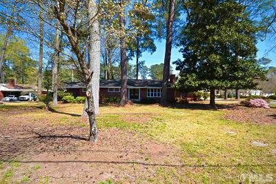 Smithfield Single Family Home For Sale: 725 S Crescent Drive