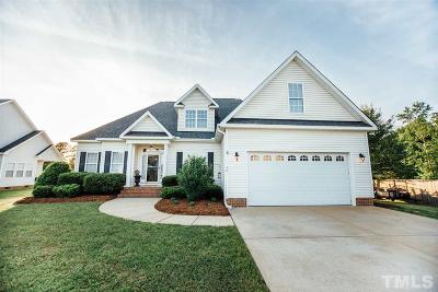 Four Oaks Single Family Home For Sale: 36 Courtney Circle