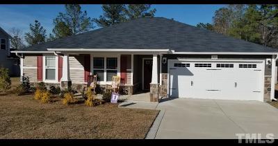 Harnett County Single Family Home For Sale: 102 Angel Oak Drive