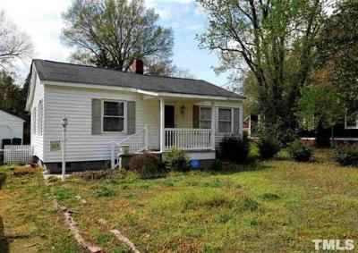 Oxford Single Family Home For Sale: 215 Delacroix Street