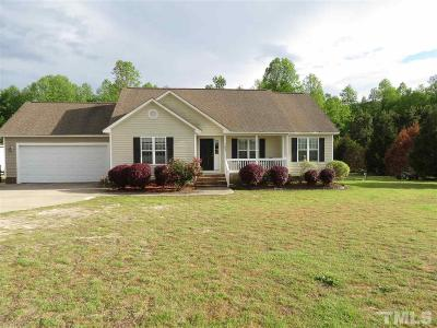 Johnston County Single Family Home For Sale: 103 Bayberry Lane