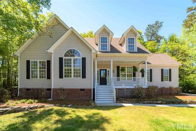 Clayton Single Family Home For Sale: 121 Trailing Oak Trail