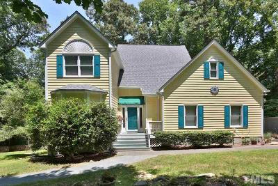 Chapel Hill Single Family Home For Sale: 104 Greenbriar Court