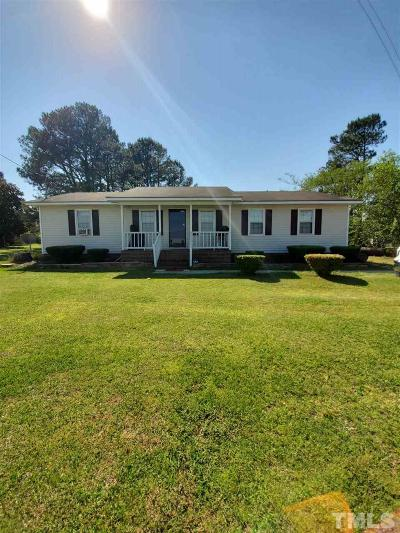 Benson Single Family Home For Sale: 384 Massengill Farm Road