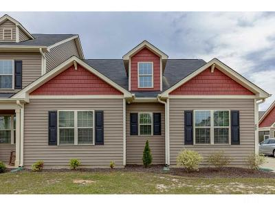 Johnston County Townhouse Pending: 50 S Birch Creek Way