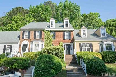 Raleigh Townhouse Pending: 6717 Queen Annes Drive