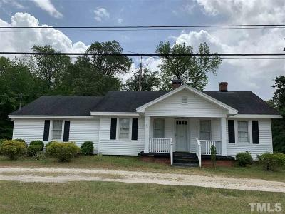 Four Oaks Single Family Home For Sale: 7169 Us 301 Highway South