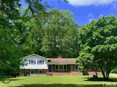Chapel Hill Single Family Home For Sale: 13 Winterberry Way