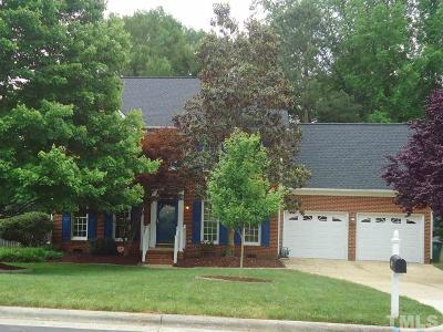 Cary Single Family Home For Sale: 200 Copper Hill Drive