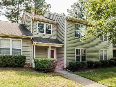 Durham Townhouse For Sale: 113 Hollow Oak Drive