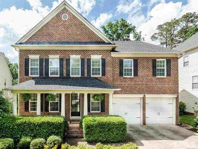Holly Springs Single Family Home For Sale: 308 Meadowcrest Place