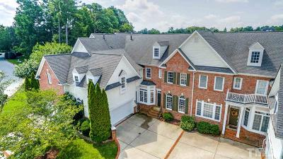 Raleigh Townhouse For Sale: 2404 Carriage Oaks Drive
