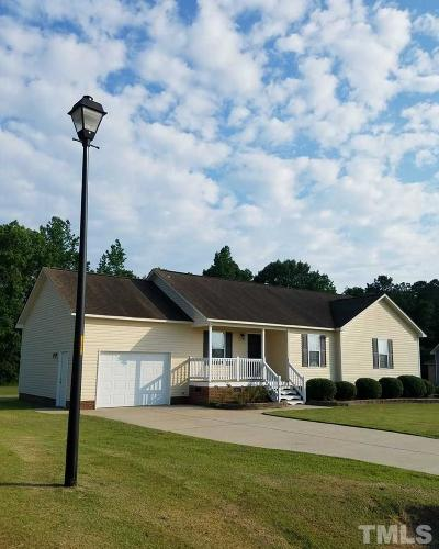 Smithfield Single Family Home Contingent: 216 Middle Landing Drive