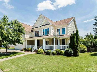 Cary Park Single Family Home For Sale: 202 Greenfield Knoll Drive
