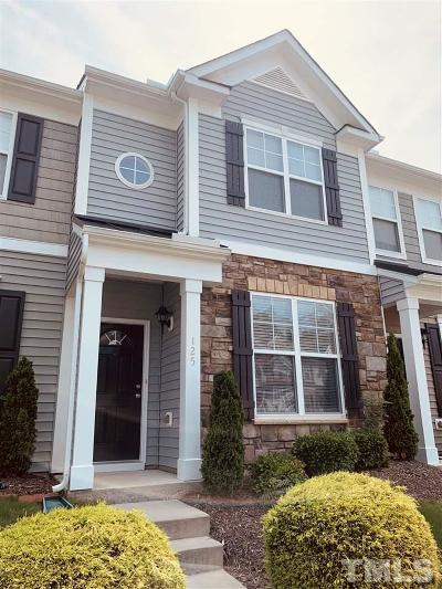 Durham Townhouse Contingent: 100 Stratford Lakes Drive #125