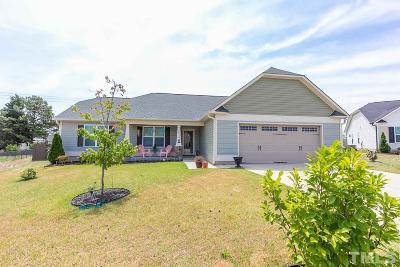 Benson Single Family Home Contingent: 70 Seahorse Court