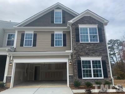 Fuquay Varina Townhouse For Sale: 637 Barneswyck Drive