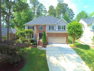 Cary Single Family Home For Sale: 317 Glen Abbey Drive