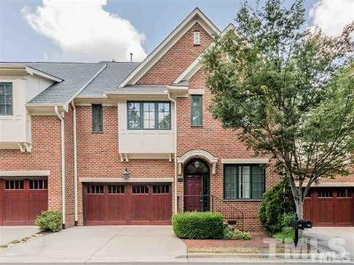 Chapel Hill Townhouse For Sale: 202 Village Gate Drive