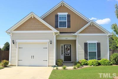 Fuquay Varina Single Family Home For Sale: 164 Breezemont Drive