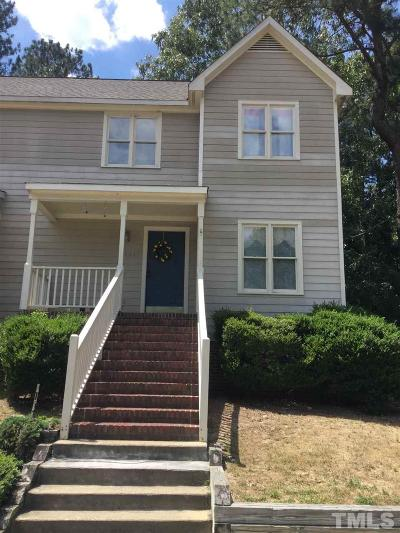 Raleigh Townhouse For Sale: 1611 Oakland Hills Way