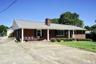 Oxford Single Family Home For Sale: 106 Della Street