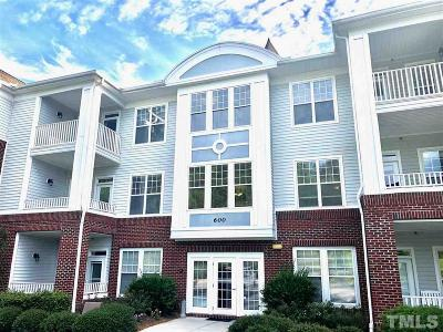 Apex Condo Contingent: 624 Eyam Hall Drive #624