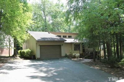 Lee County Single Family Home For Sale: 1705 Chateau Circle