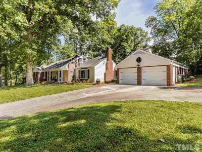 Oxford Single Family Home For Sale: 107 Forest Road
