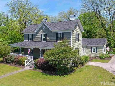 Oxford Single Family Home For Sale: 417 Coggeshall Street