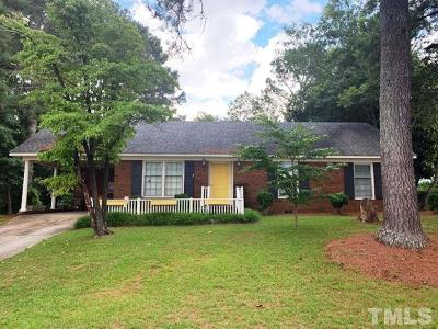 Dunn Single Family Home For Sale: 303 Briarcliff Drive