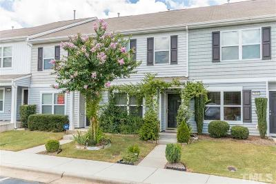 Raleigh Townhouse Pending: 2942 Berkeley Springs Place
