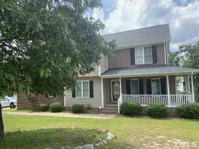 Harnett County Single Family Home For Sale: 15 Robeson Street